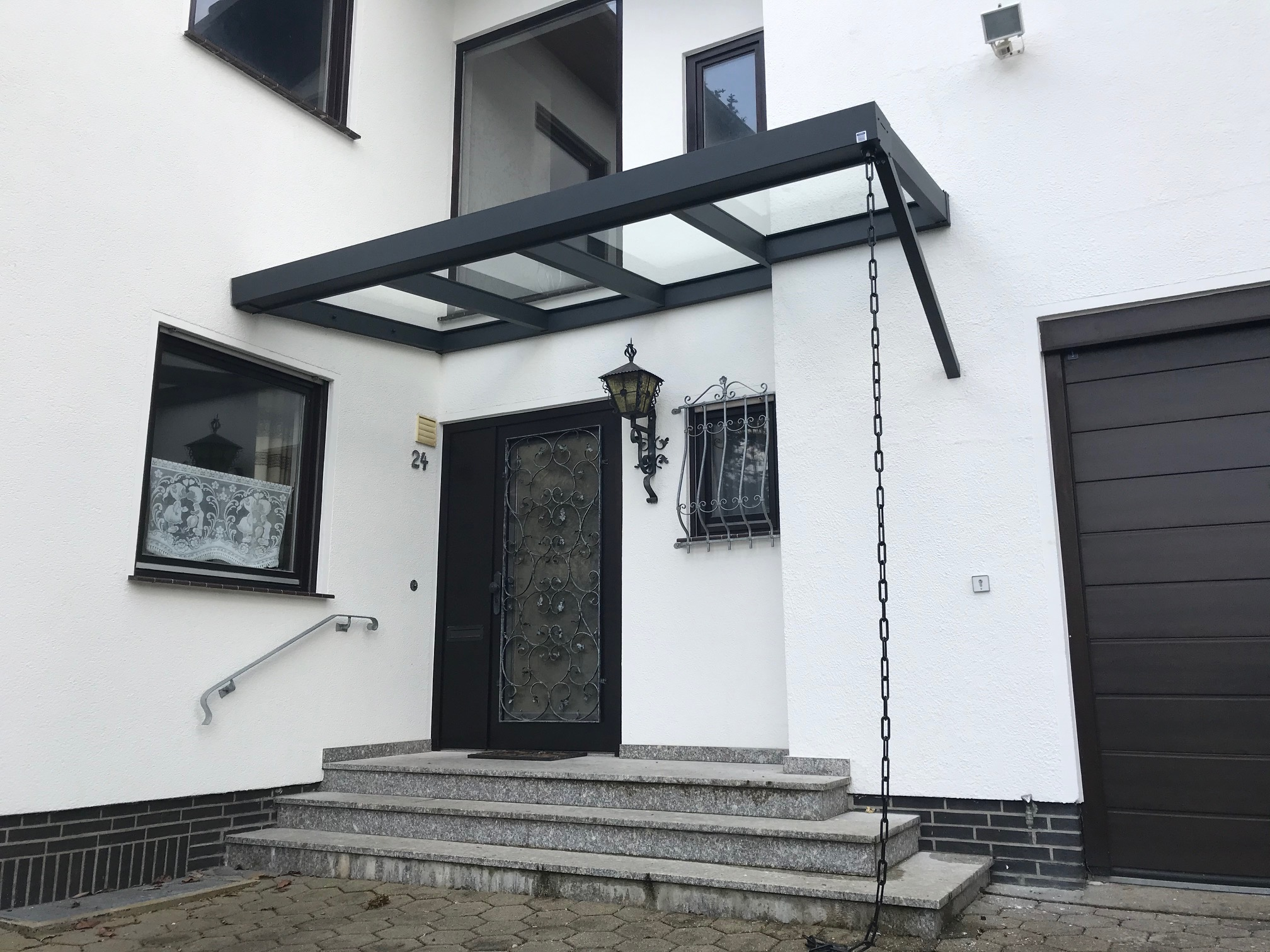 Haustür-Überdachung
